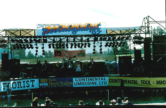 The BBBB at Nastalgiafest 1987. What a riot . . . .